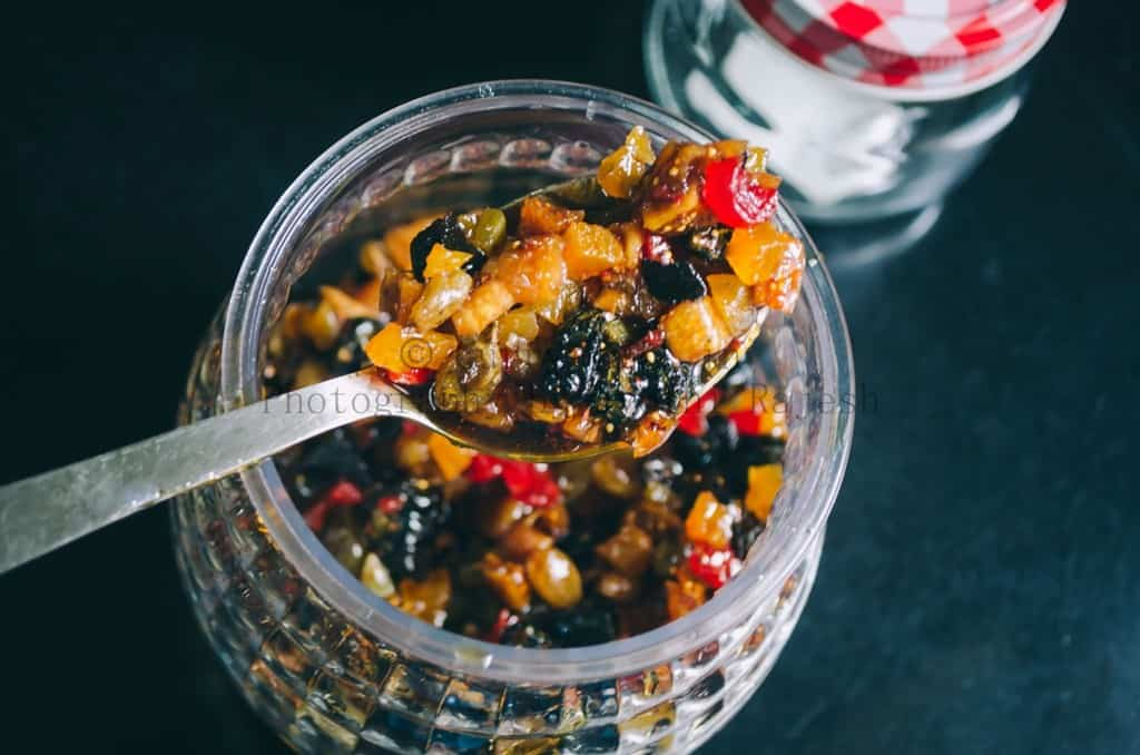 Soaking fruits for rich fruit Christmas cake