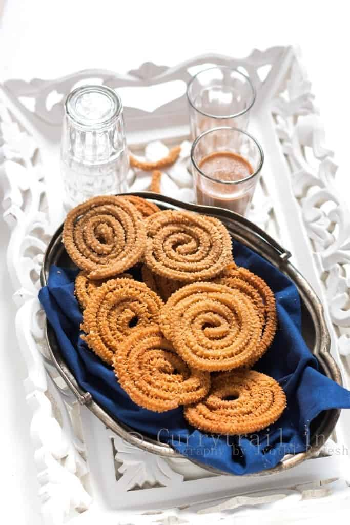 Whole wheat flour murukku