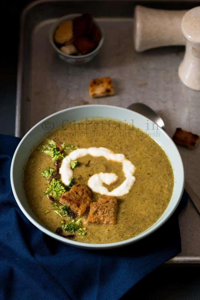 Roasted Broccoli Onion Soup