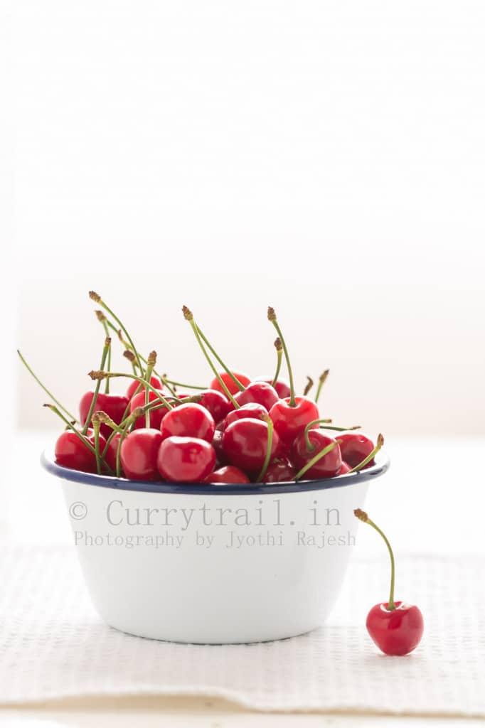 Fresh cherries in whole bowl