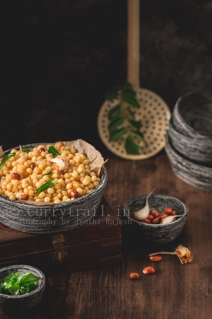 kara boondi recipe served in stone bowls