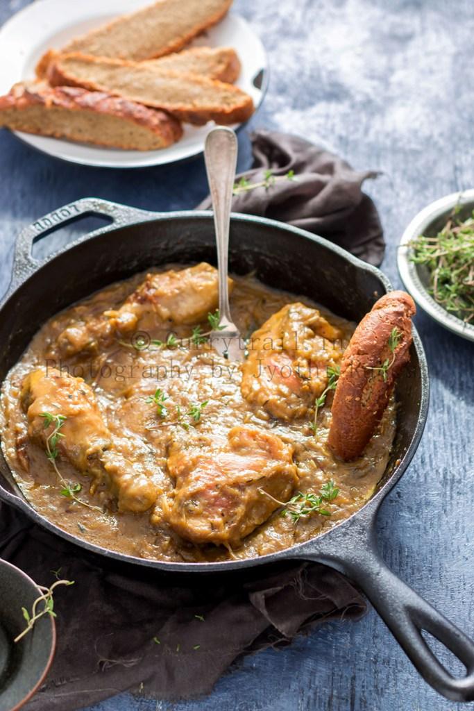 one-skillet French onion chicken