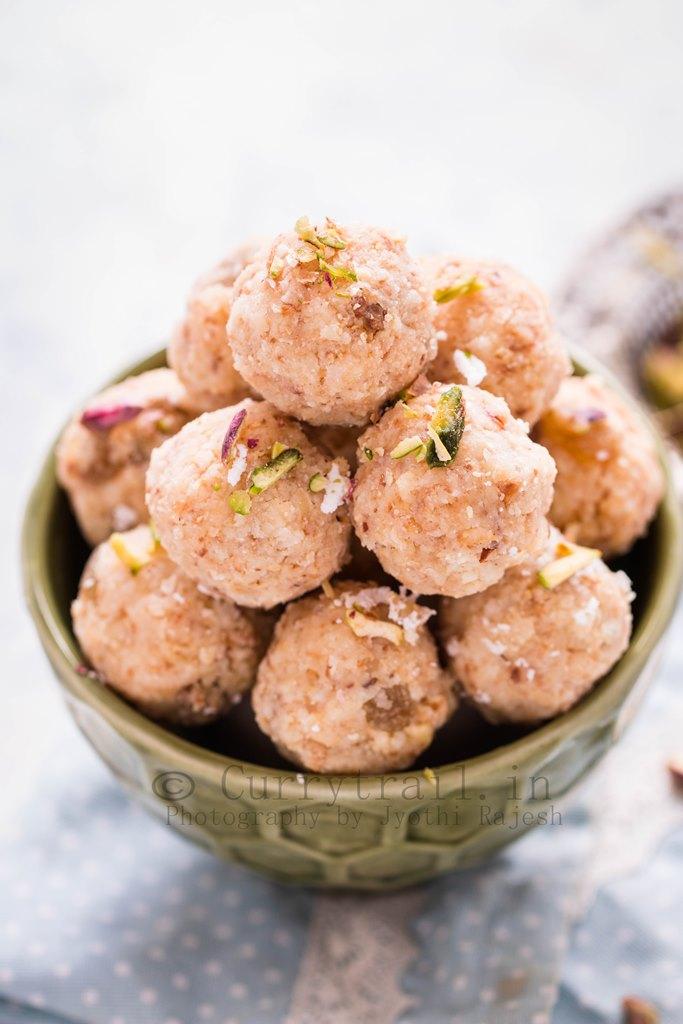 Coconut Khoya Dry Fruit Ladoo_1