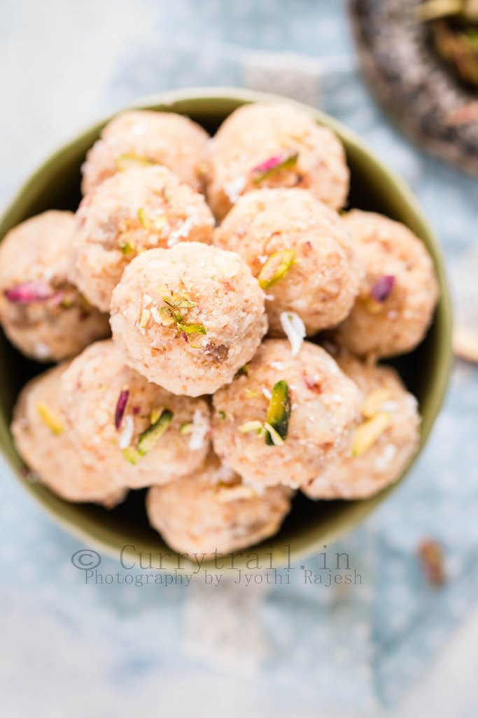 Coconut Khoya Dry Fruit Ladoo_4