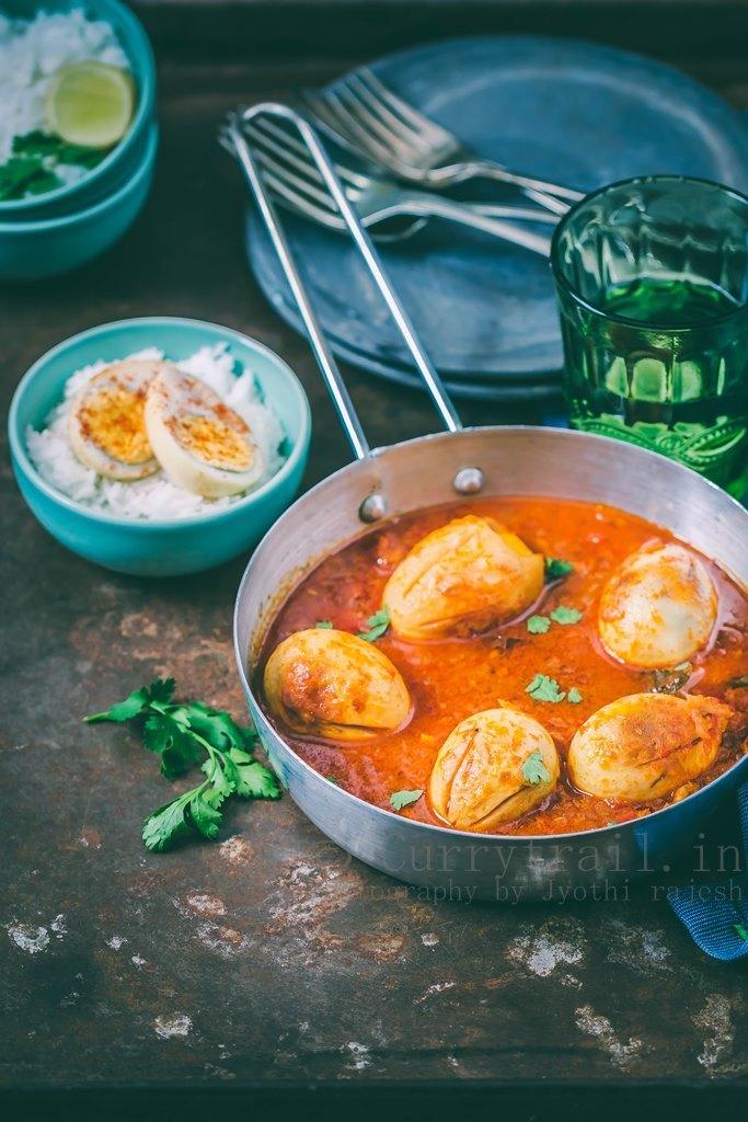 Dhaba Style Punjabi Egg Curry_2