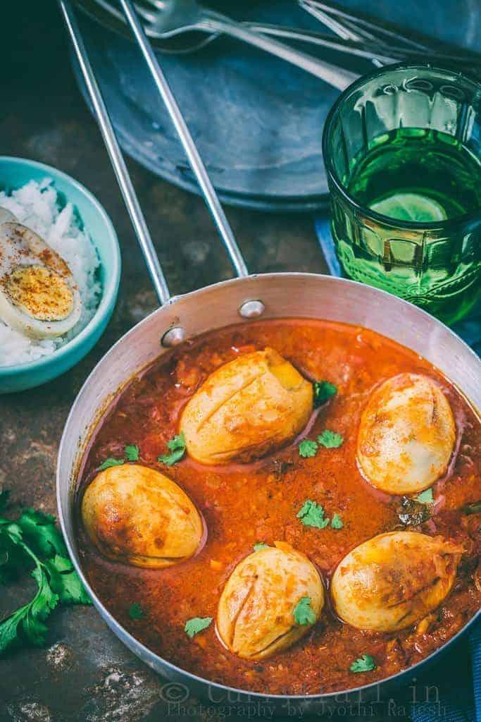 Dhaba Style Punjabi Egg Curry_3