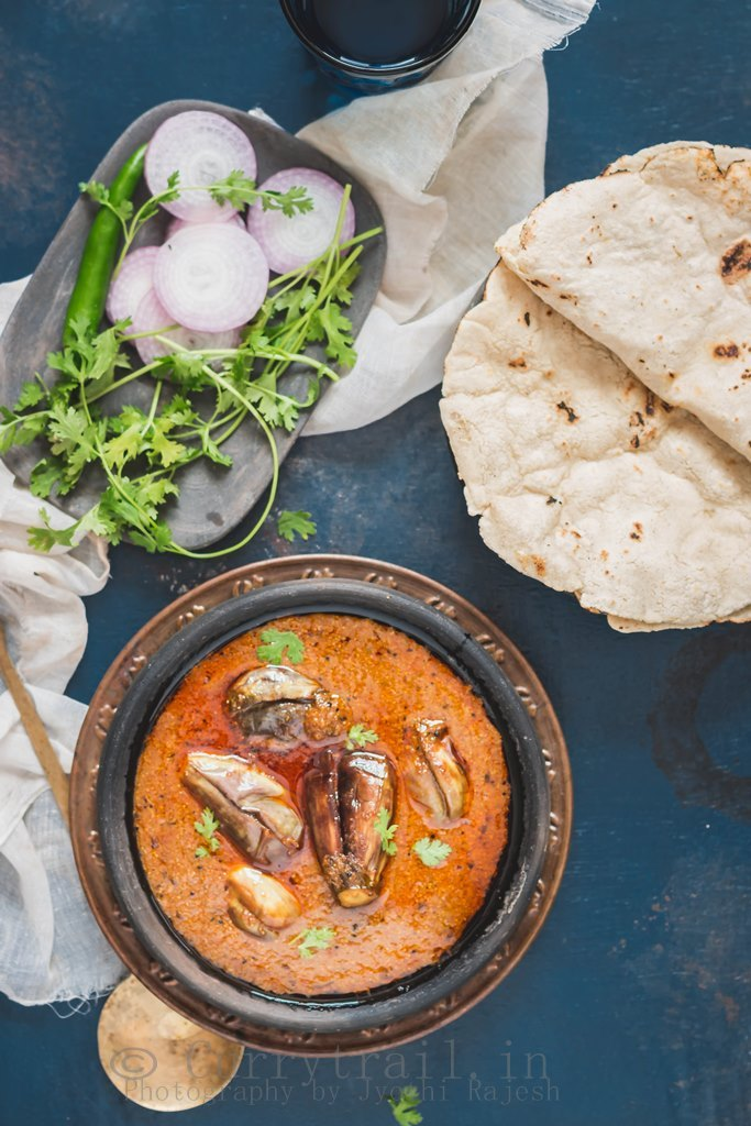 Andhra style egg plant curry_4