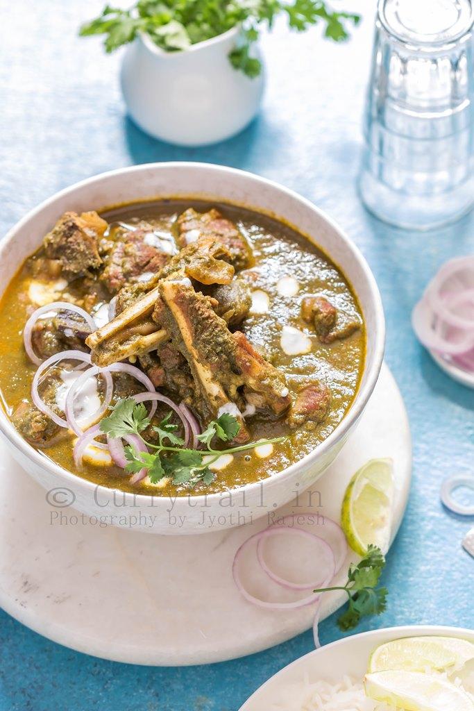 Hariyali Mutton Curry 1