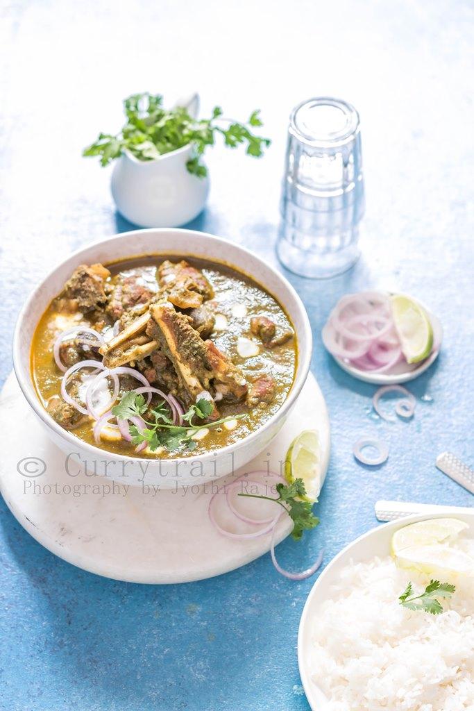 Hariyali Mutton Curry 3