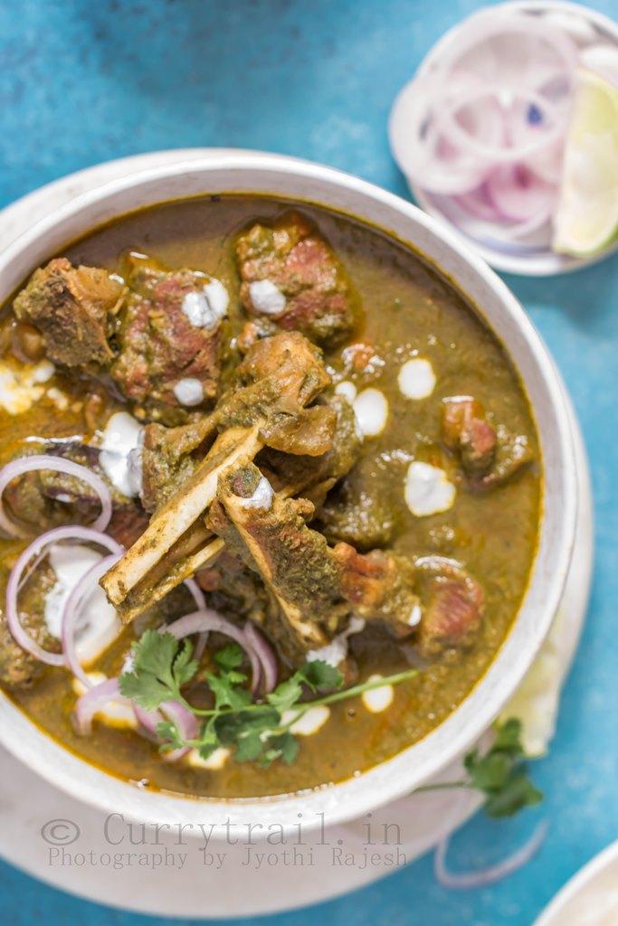 Hariyali Mutton Curry 5