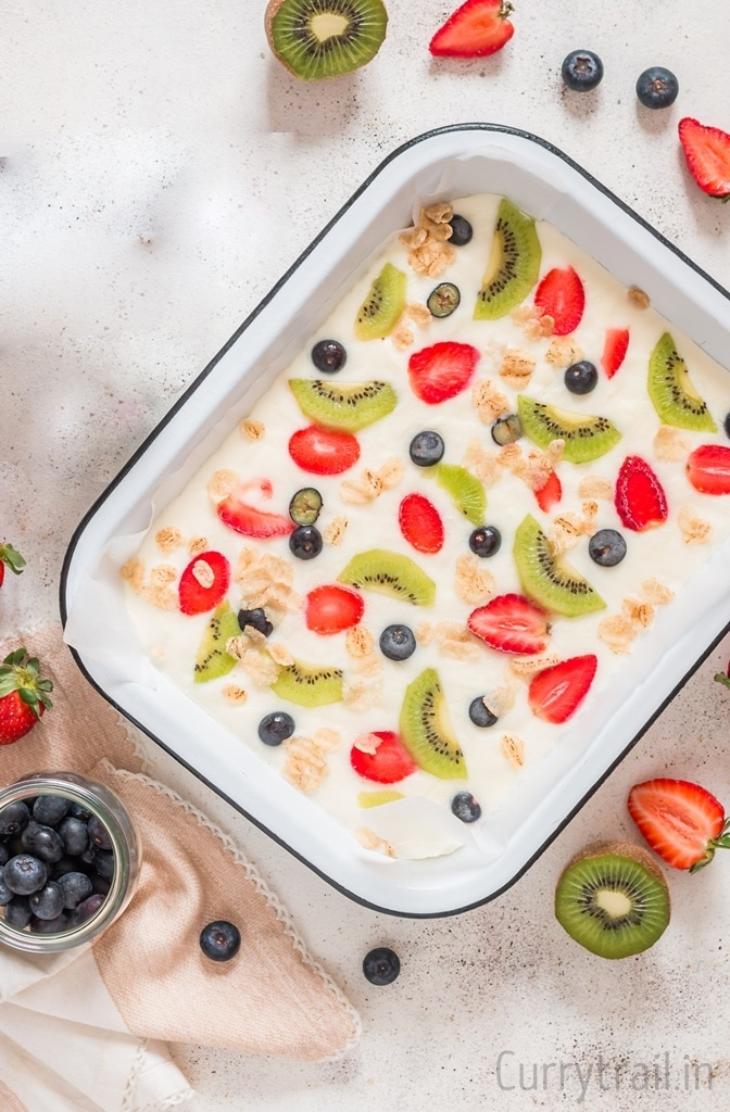 Tray with frozen yogurt bark