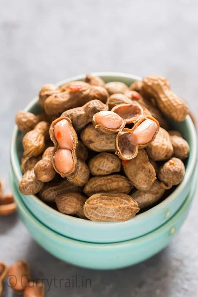 instant pot boiled peanuts served in bowls