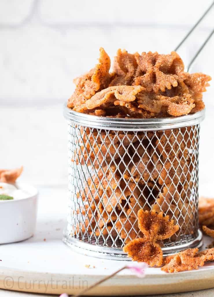 fried pasta chips in basket