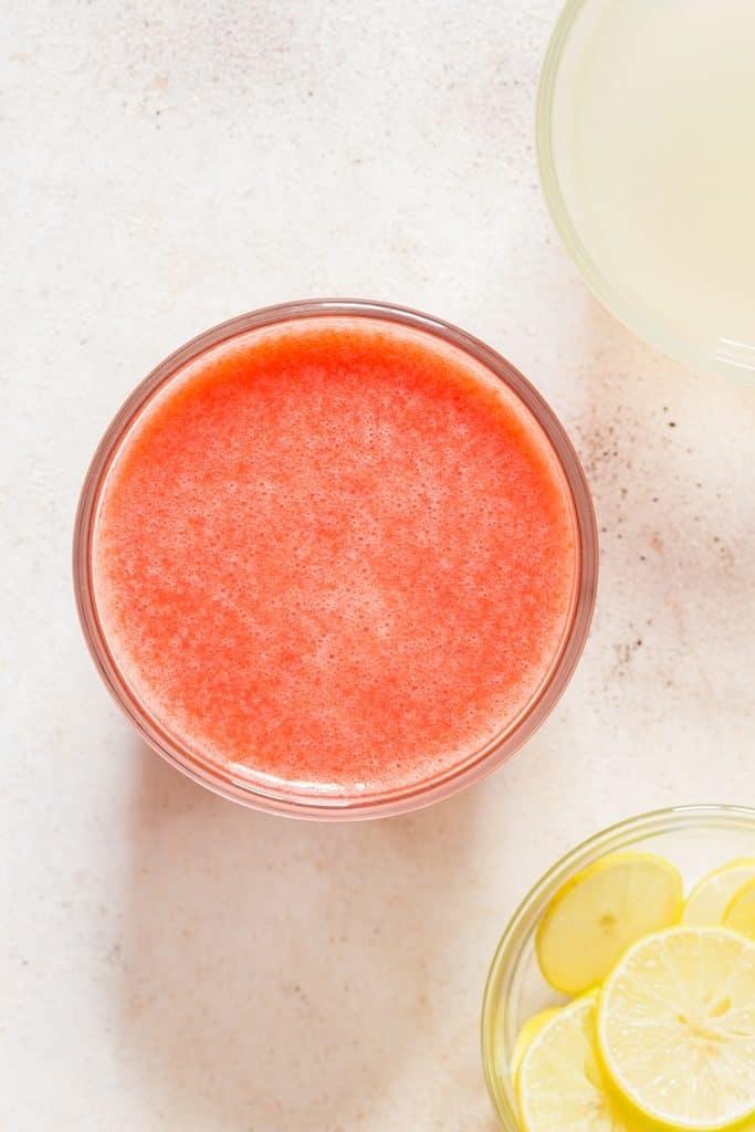 fresh strawberry juice for strawberry lemonade recipe