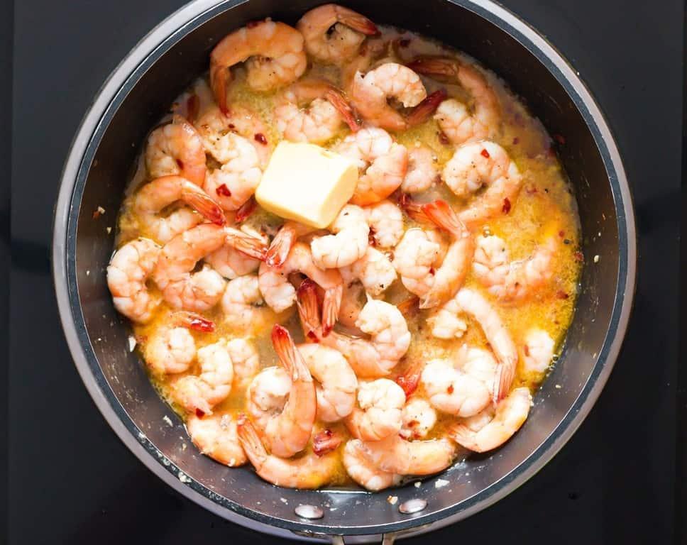 butter garlic shrimps cooked in skillet