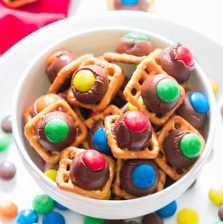 pretzles hershey kiss m&m Christmas treats