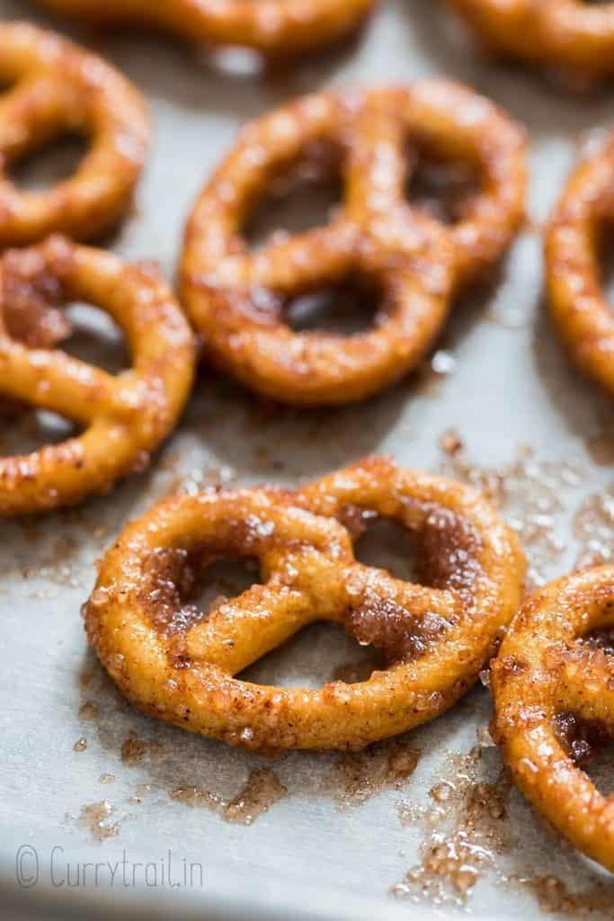 cinnamon sugar coated pretzels twists in baking tray