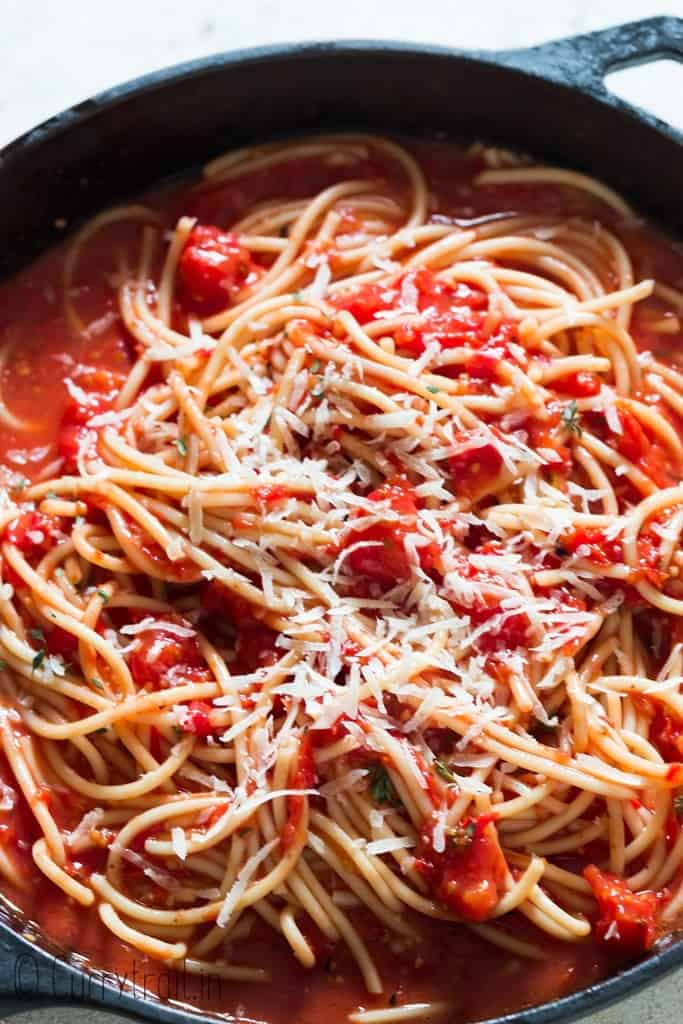 pasta with roasted cherry tomato sauce