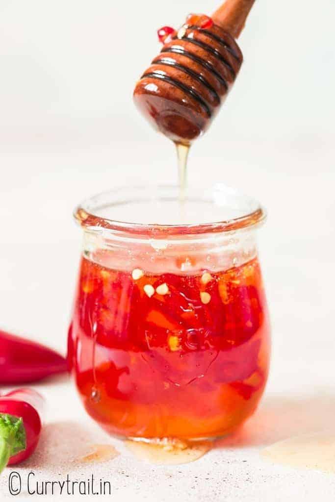 hot honey recipe in glass jar