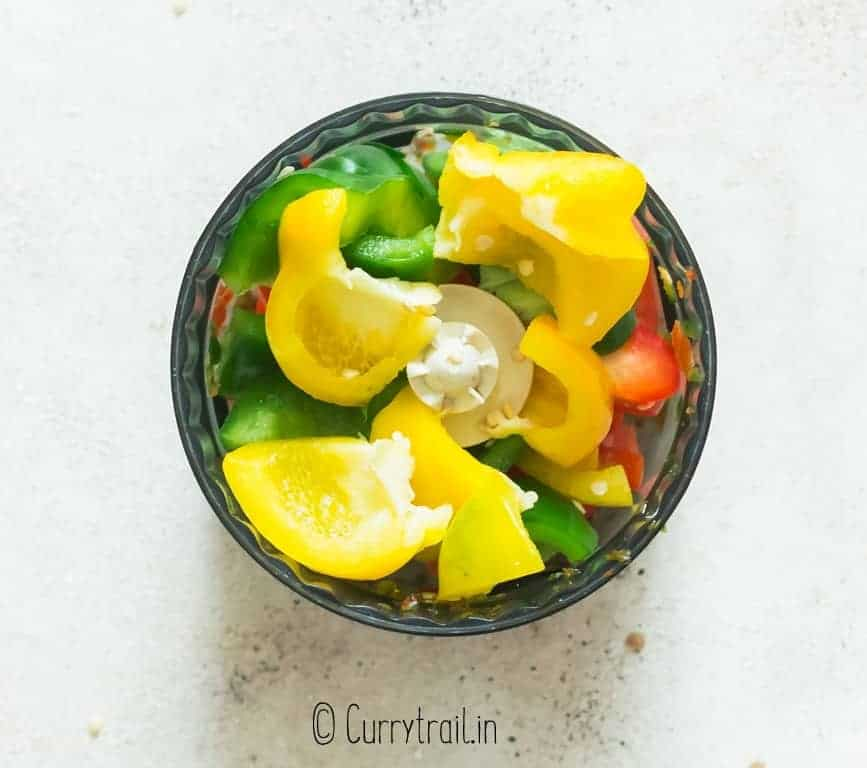 dicing bell peppers in food processor to make hot pepper jelly