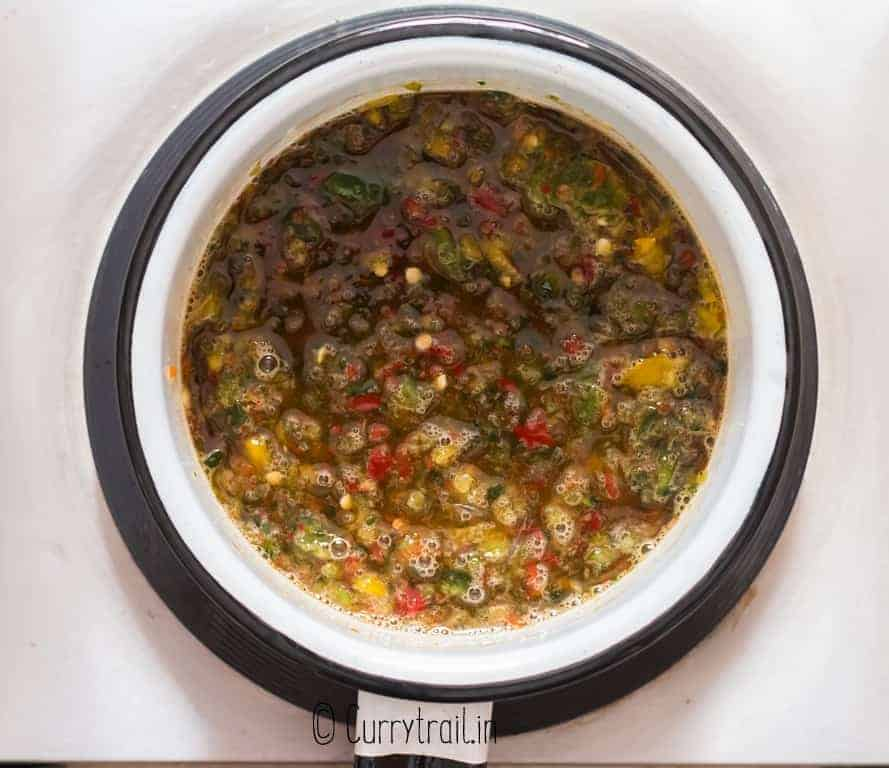 making jalapeno jelly in sauce pan