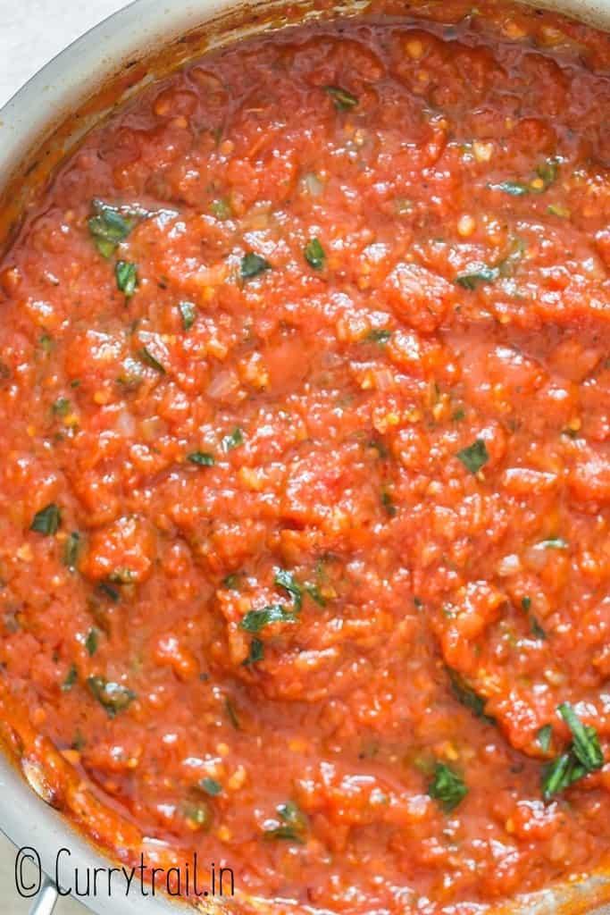close up of marinara style tomato sauce