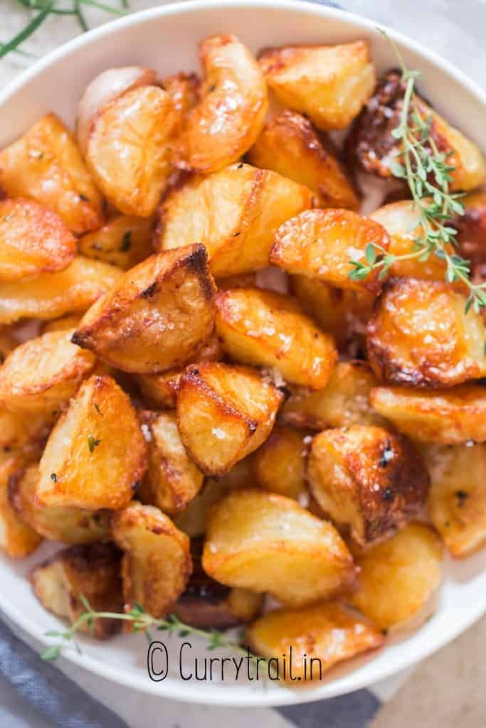 easy to make roast potatoes in plate